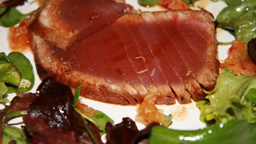 Thunfisch mit Mango-Chutney