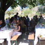 Tische beim Rosé-Fest