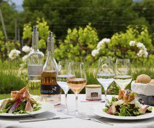 Mittagessen mit Aureto-Weinen